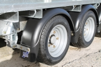 mudguards-fitted-twin-axle